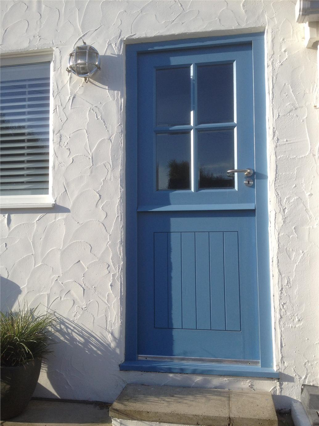 coastal cottage door contributed by hayley the rear door of our. Black Bedroom Furniture Sets. Home Design Ideas